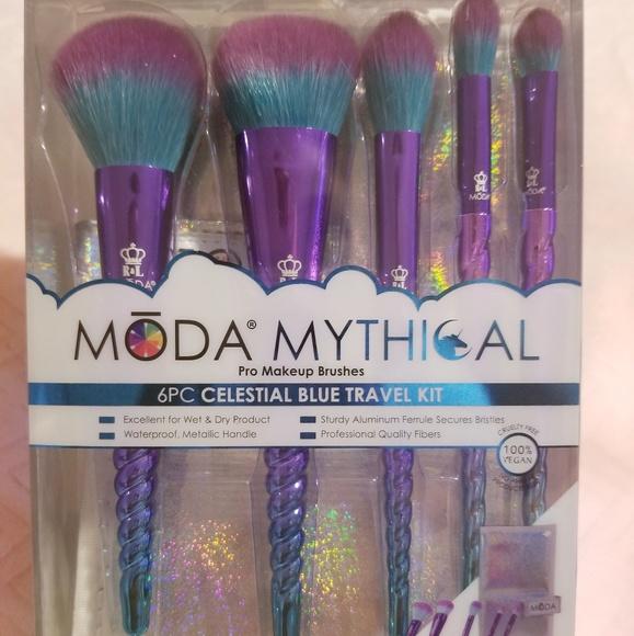 200d54ed71c3 Moda Mythical Celestial Blue 6PC Travel Kit
